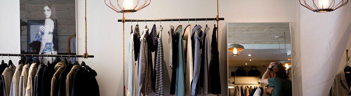 Günstige Mode für junge Leute auf Rechnung